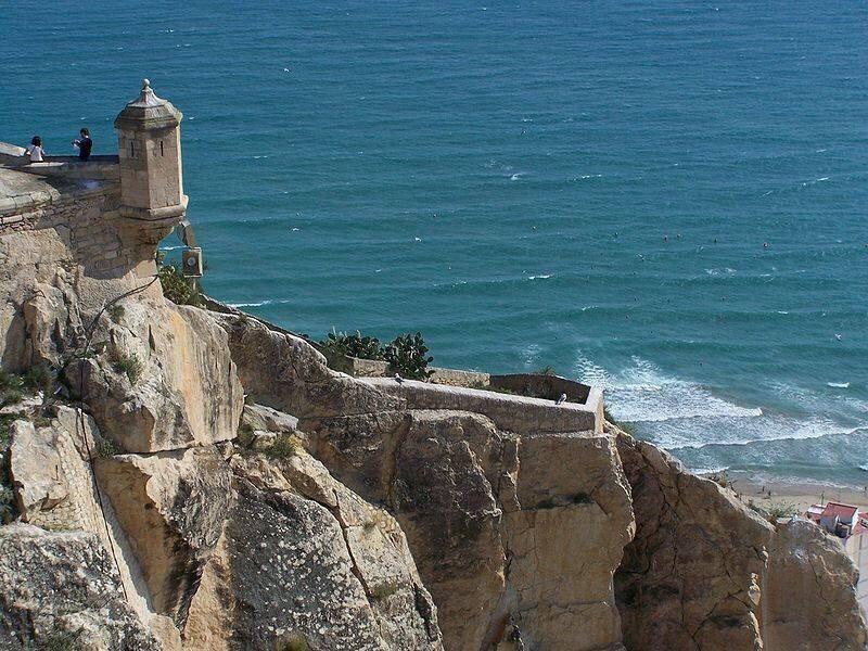 Las vistas al castillo de santa Bárbara son espectaculares