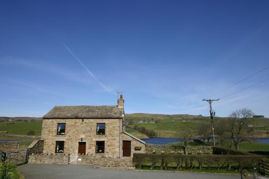 Brock Scar Self - Catering Cottage