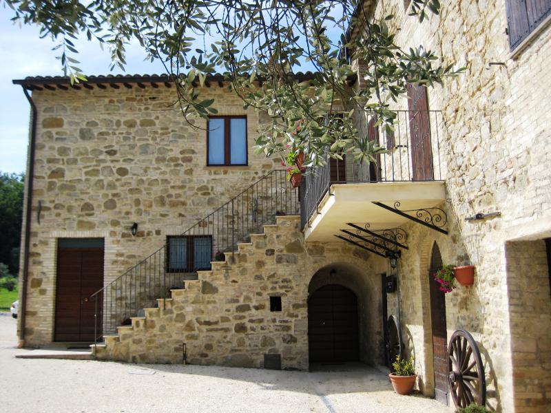 Appartmento in casolare del XV sec, Appartment, holiday rental in Madonna della Pia
