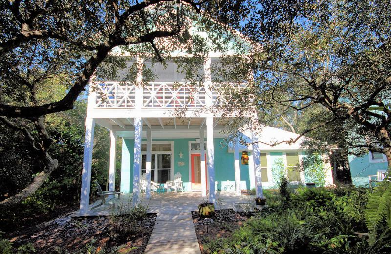 Sugar Magnolia - Steps to Beach w/ Private Pool, holiday rental in Seagrove Beach
