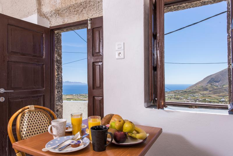 Efterpi-Morning Star Traditional House, holiday rental in Exo Gonia