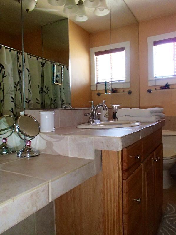Main Bathroom on Second Floor with Shower