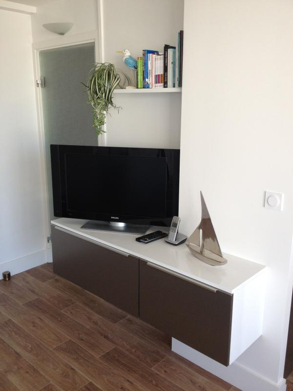 Kabel-TV Oranje SABS + Netflix optie