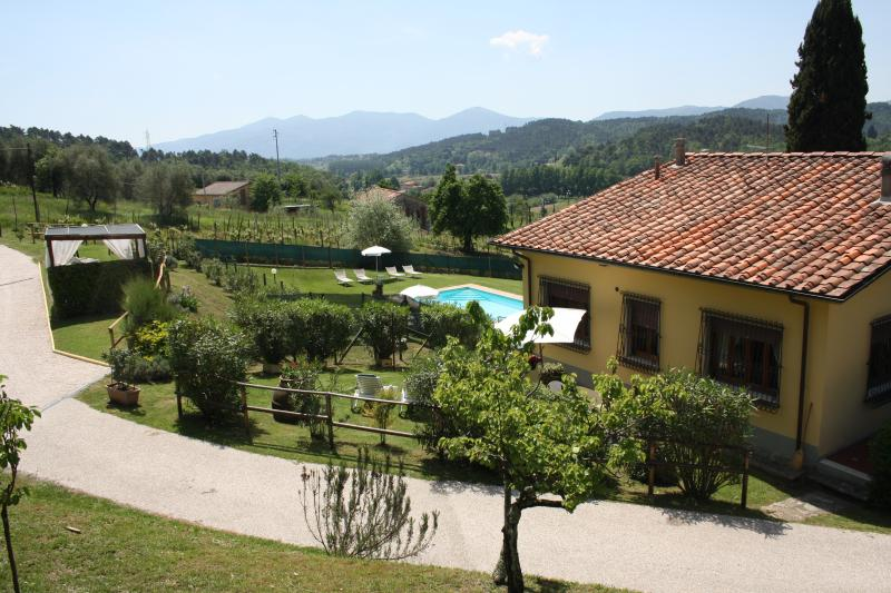 Amazing house for family on  Lucca hills  with pool, garden, wifi  and now SPA, holiday rental in Lucca