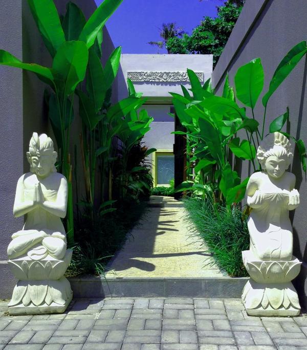 Luxury Waterfront Villa In The Heart Of Sanur