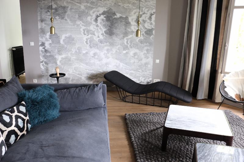 Le Valmer Elegant penthouse design pleine vue mer, casa vacanza a Montivilliers