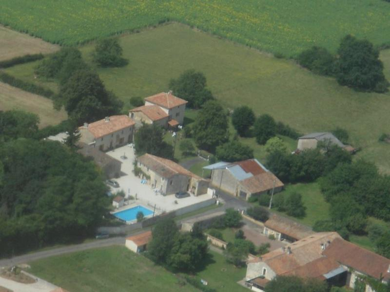 Les Noyer  Le Grand Lieu, vacation rental in Aigre