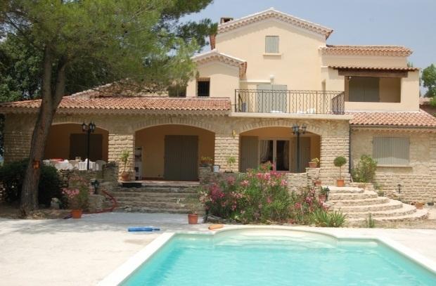 Belle villa de style provençal à côté de Bedoin, holiday rental in Crillon-le-Brave