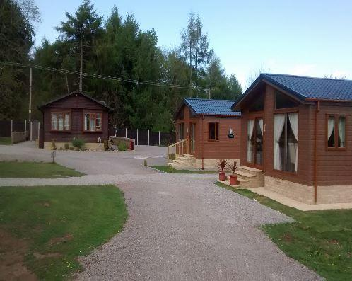 Squirrel Lodge at Woodlands View, holiday rental in Llandogo