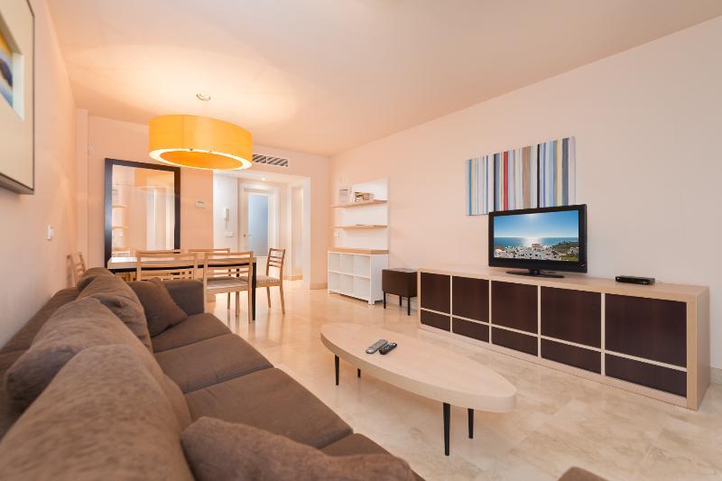 Comfortable and Modern Living-room