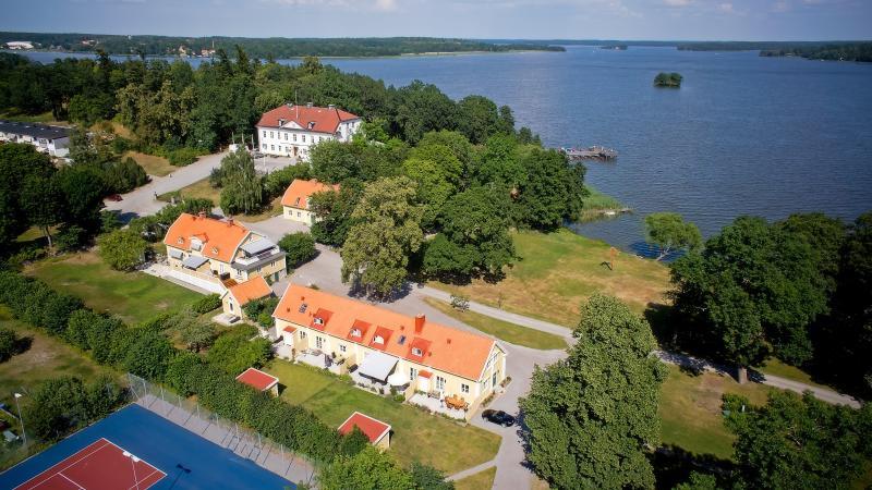 Ulvhälls Herrgård – semesterbostad i Strängnäs