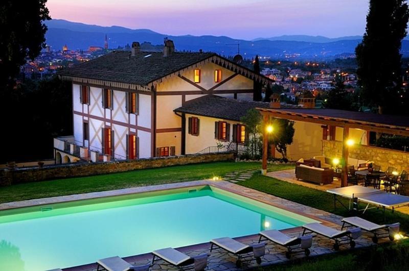 Villa Parco Secolare 18 ° secolo con piscina privata, holiday rental in Santa Firmina