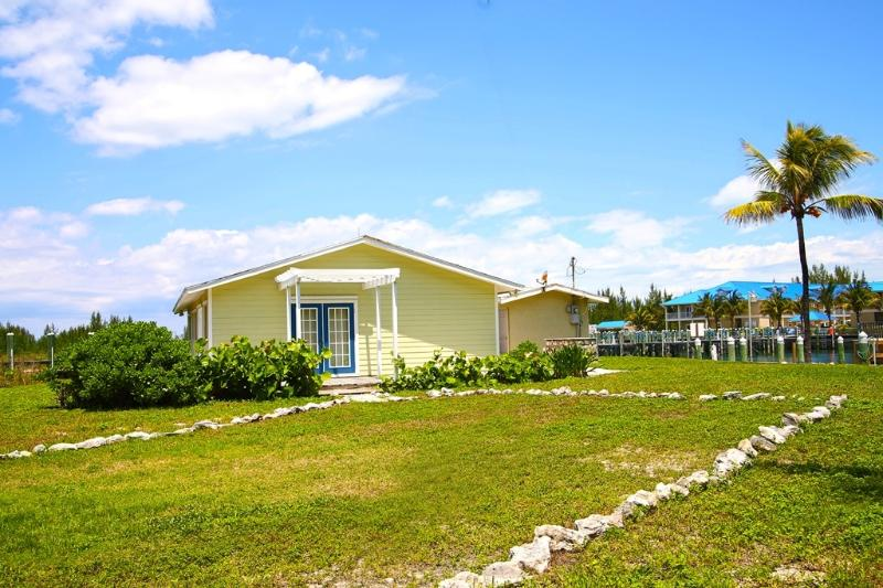 Boater's Bay 2 bedroom waterfront home