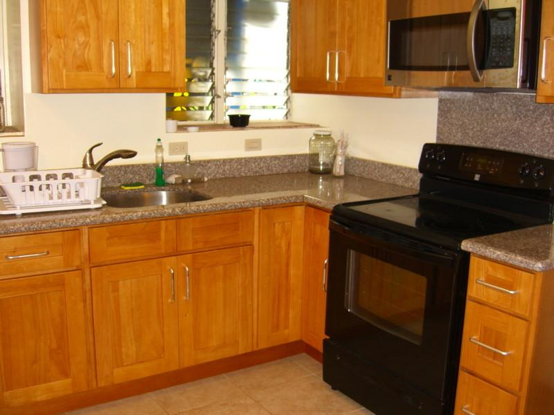 convenient affordable house close to waikiki has wi