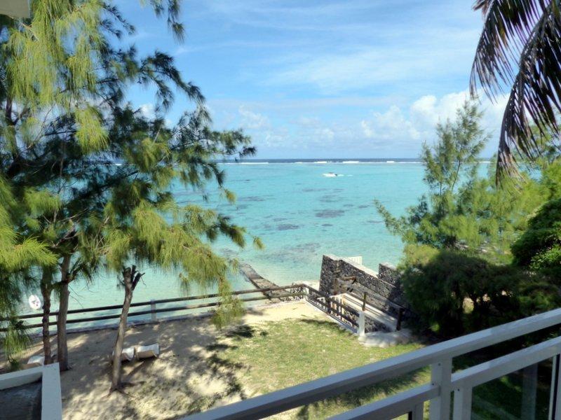 Le Flamboyant, Appt F4 Pointe d'Esny accès plage, casa vacanza a Pointe d'Esny