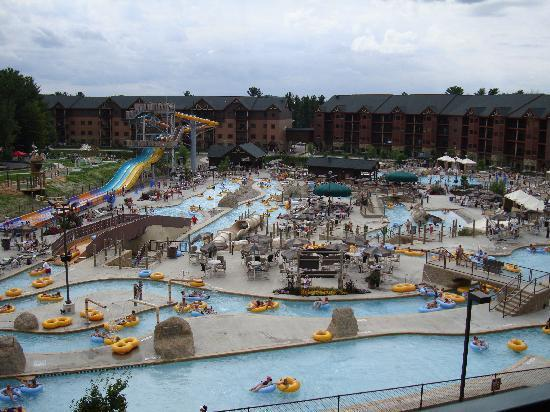 Indoor water parks are open year round. Outdoor parks are seasonal. Please call resort for schedule.