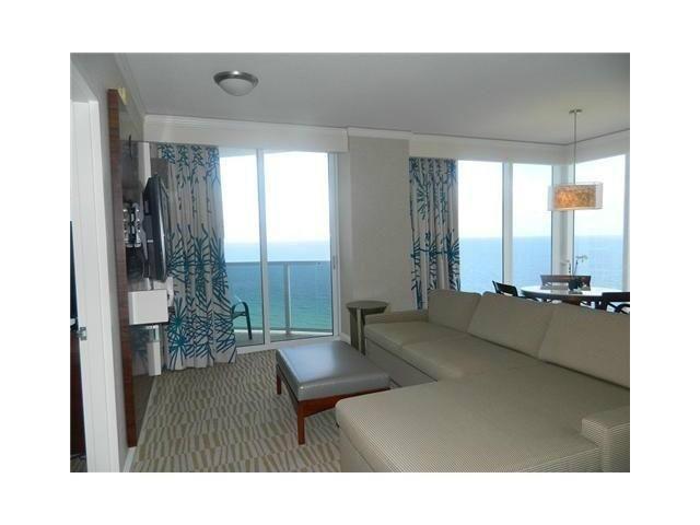 Trump International- 2 Bedroom Ocean View, holiday rental in Sunny Isles Beach