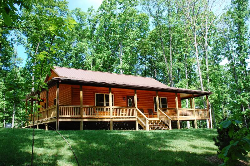 Welcome to the Barred Owl Lodge!