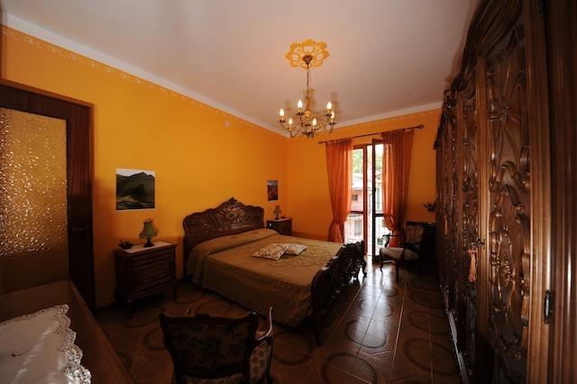 Bed&Breakfast Luna Piena 01, holiday rental in Ormea