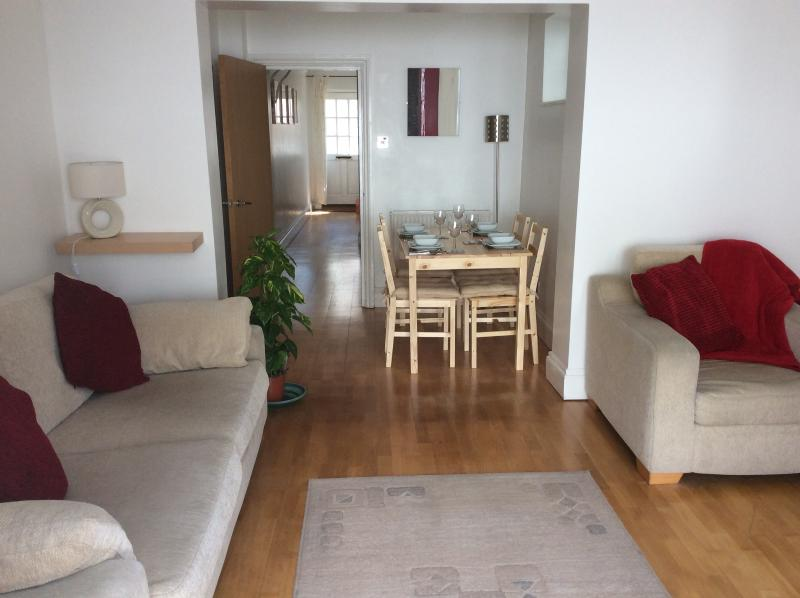 Townhouse by the beach, holiday rental in Portsmouth