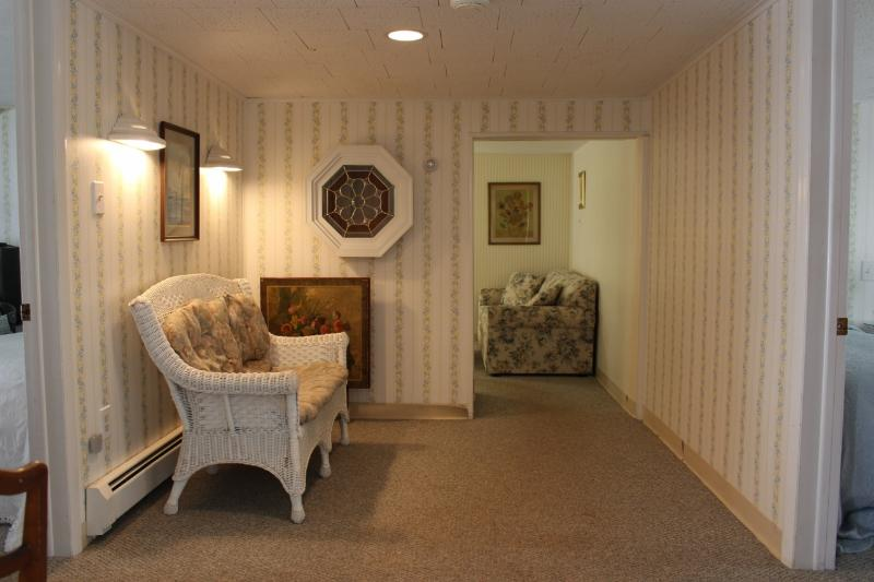 The Pebbles Apartment, holiday rental in Stone Harbor