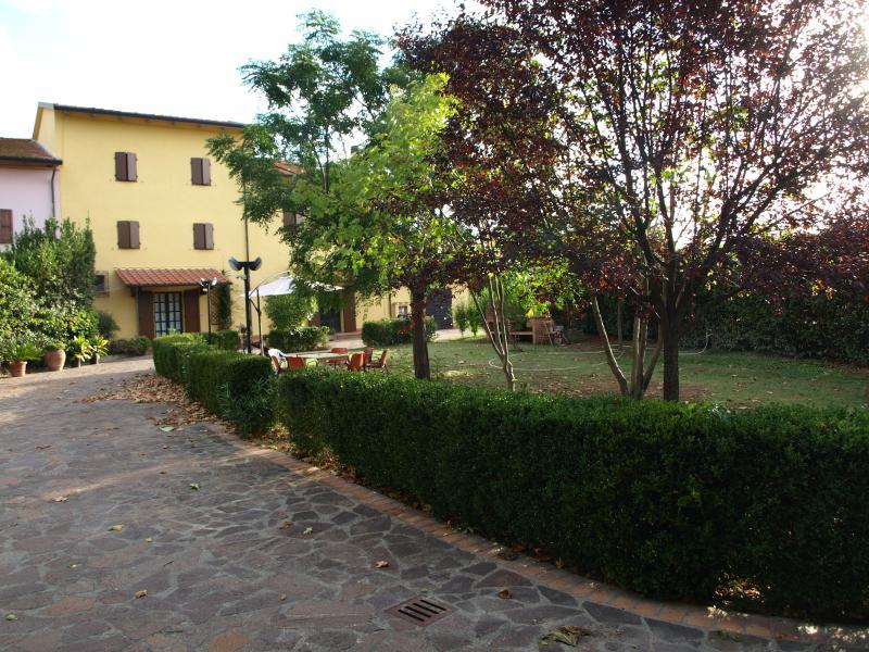 Casa Della Biancheria Navacchio.1 Recensioni E 16 Foto Per Il Cascinale Di Max Aggiornato Al 2019