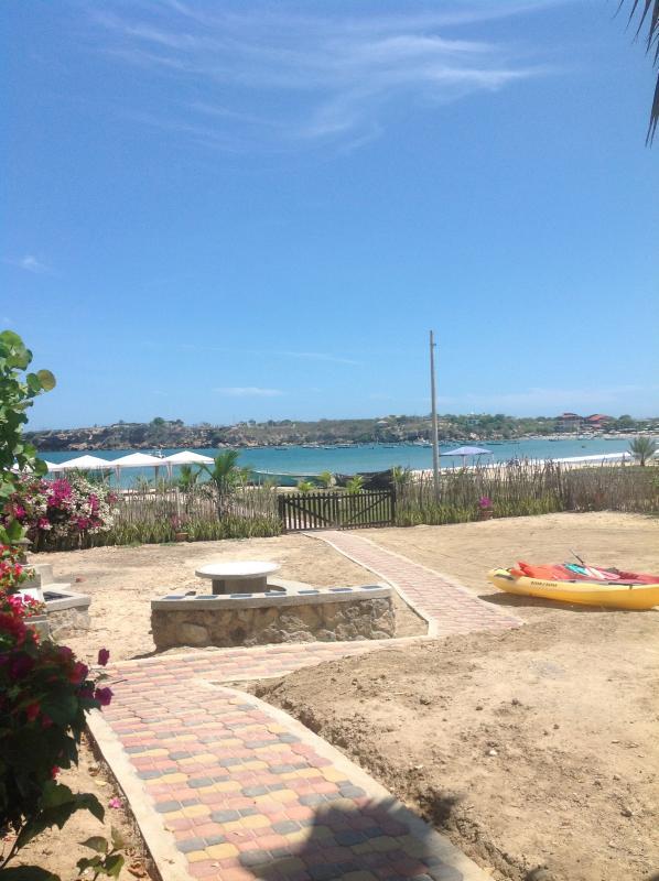Casa Ayangue toegang tot het strand