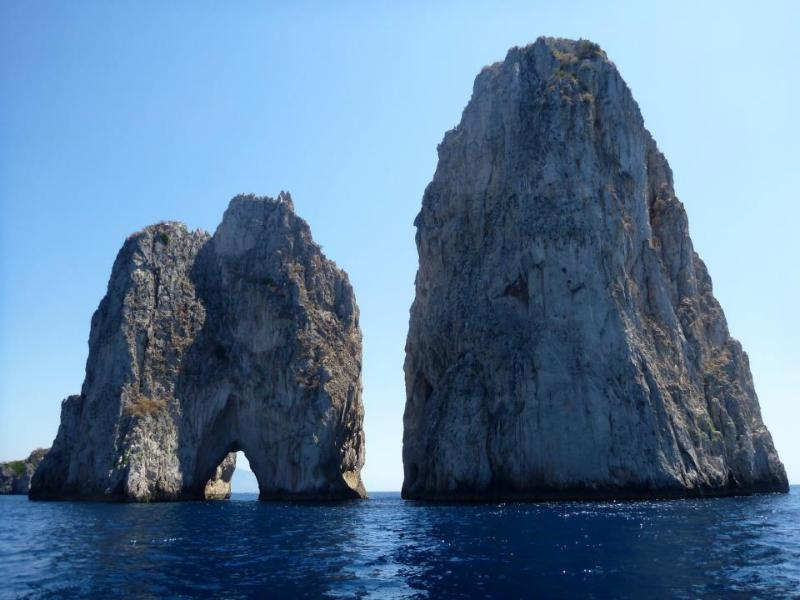 Los farallones-Capri