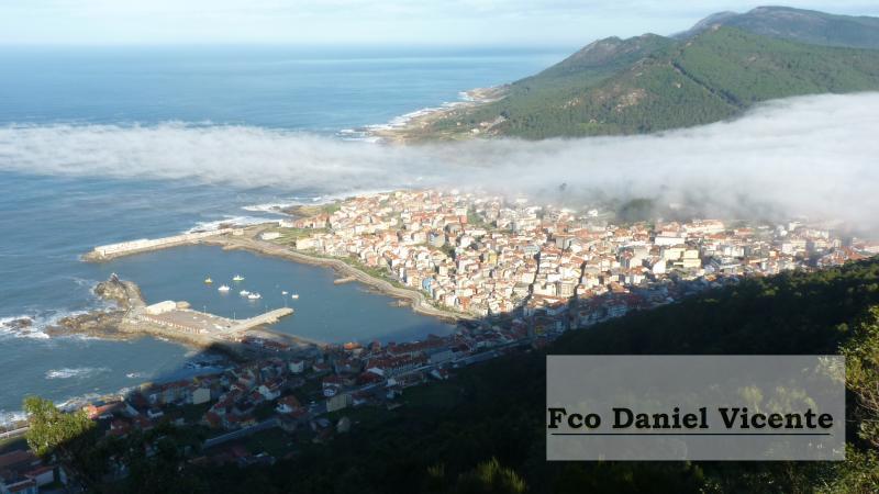 Vista del puerto desde monte Santa Tecla.