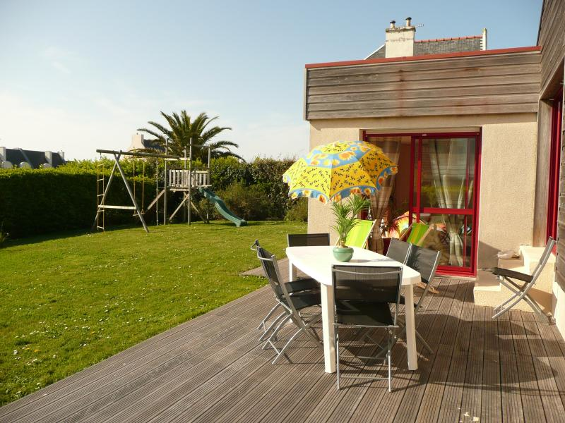 un amour de maison, vue mer, face aux iles, vacation rental in Finistere