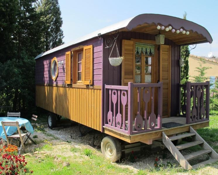 Les Roulottes du Lauragais - Purple, holiday rental in Montmaur