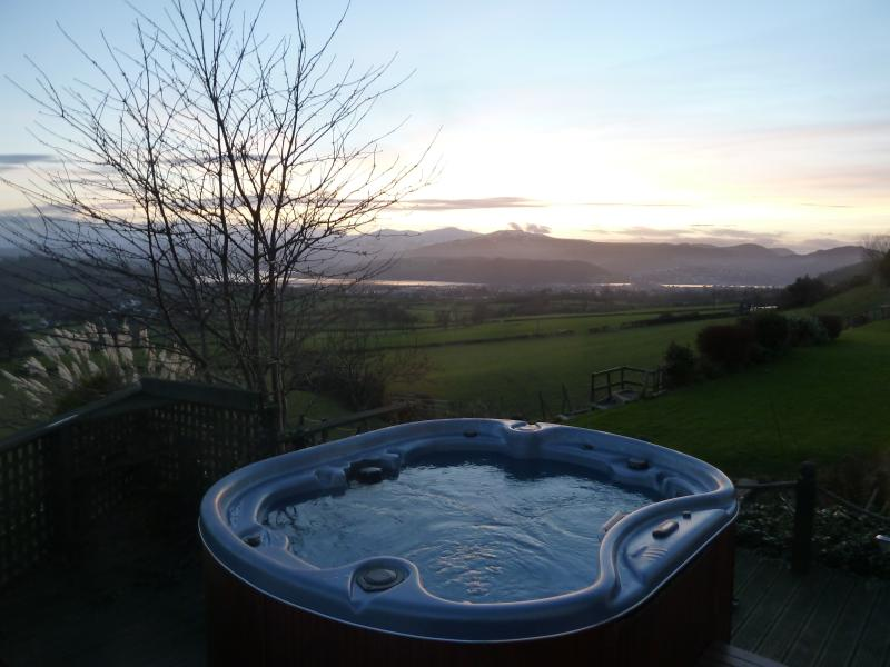 The hot tub can be used by any of the guests - set at 40 degrees  just what you need after a day out