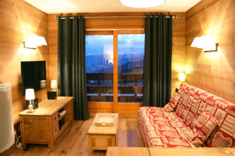 2 Pieces+ Cabine,Pieds des pistes, 4-6 pers, 35 m2, holiday rental in Meribel