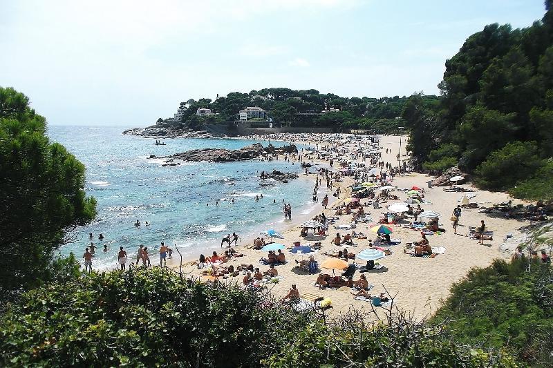 Closest Costa Brava beaches are 30 minutes away - this is Sa Conca near St Feliu de Guixols