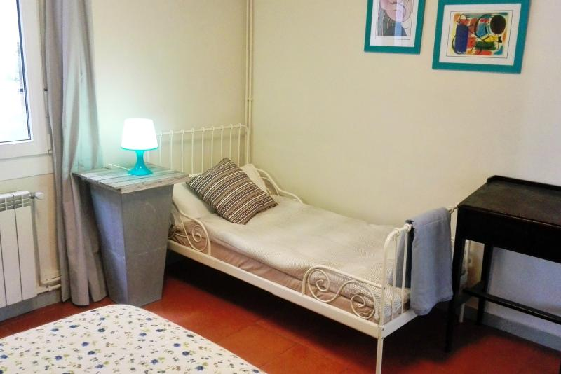 An extendable bed suits both adults & children in bedroom 3