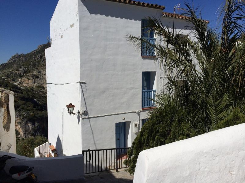 La Casita del Arrabal - Casa rural en Casares, holiday rental in Jimena de la Frontera