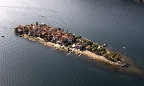 Aerial view Isola Pescatori