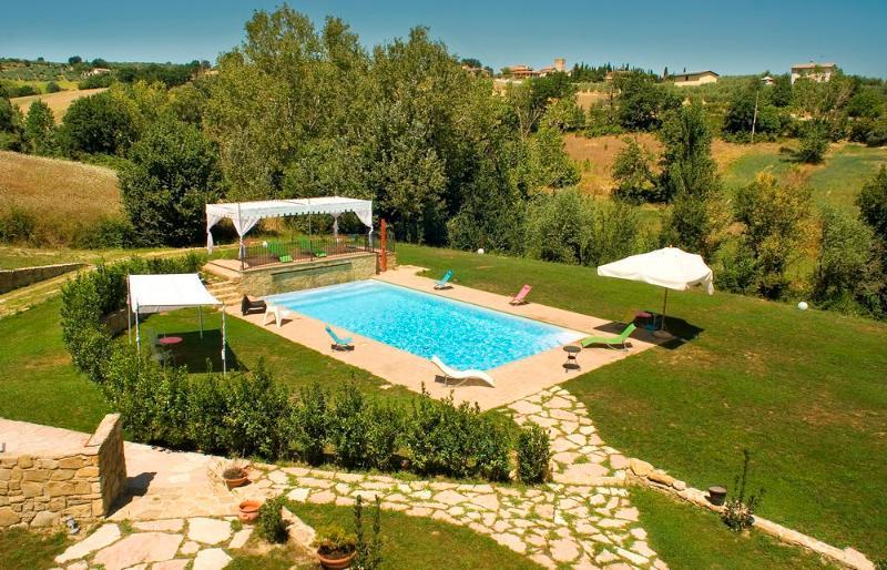 Kaasjeskruid appartement Borgo le Capannelle-zwembad