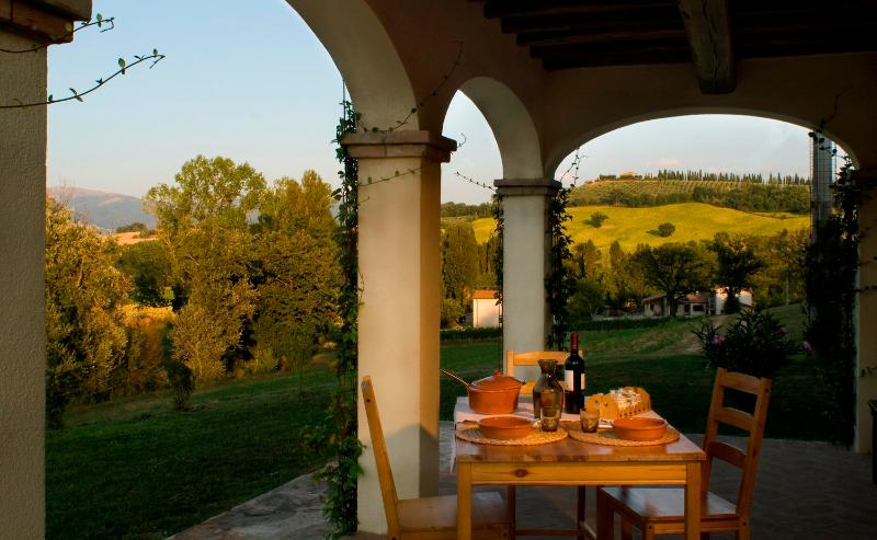 Appartamento Peonia Borgo le Capannelle - Portico