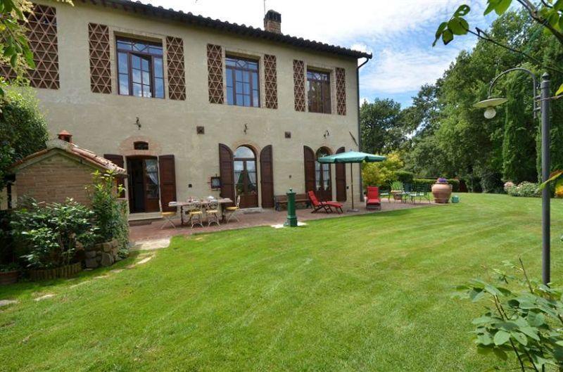 Villa San Gimignano 6 a 8 persone, vakantiewoning in Ulignano