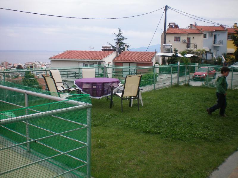 Nice Charming small apartment by the sea, vacation rental in Kavala
