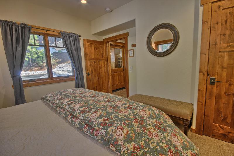 King Bedroom With Closet, First Floor, Perfect for Mobility Challenged