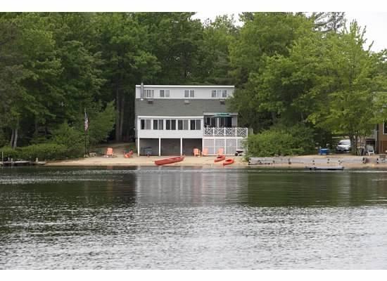 Syn på huset från sjön