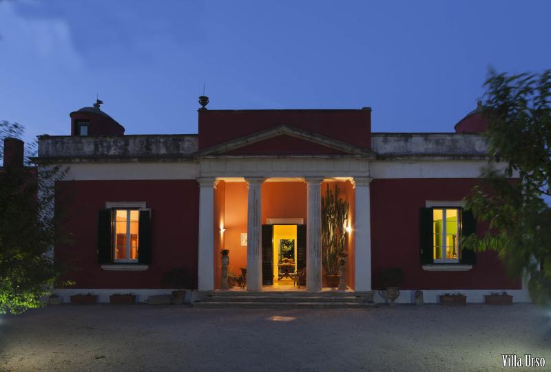 VILLA URSO, holiday rental in Lequile