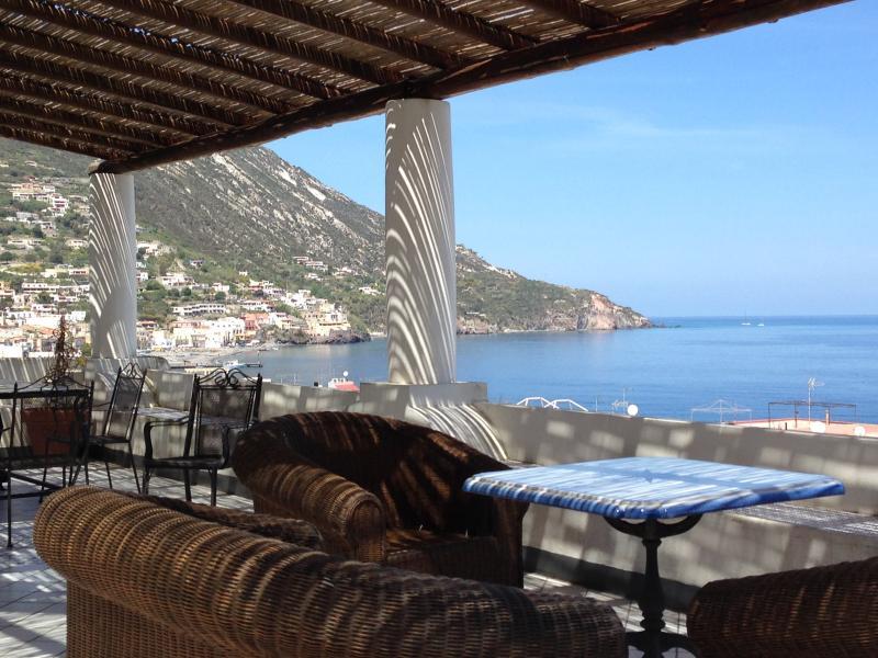 beautiful villa aeolian style, holiday rental in Canneto