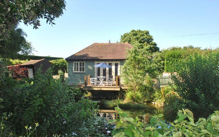 Le Boat House est une véritable retraite de la hussle et l'agitation de la vie moderne