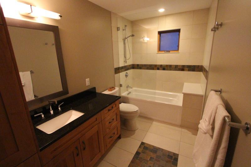 Main floor bathroom for bedrooms 2 & 3