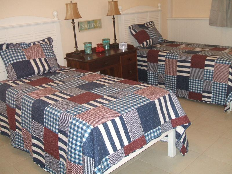 Additional second bedroom, optional to rent.  Two twin beds, NEW 2015!