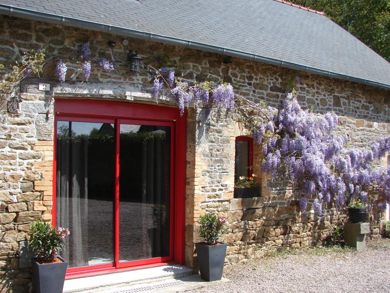 Les Maisons de Lol - Mont St Michel - St Malo, vacation rental in Noyal-sous-Bazouges