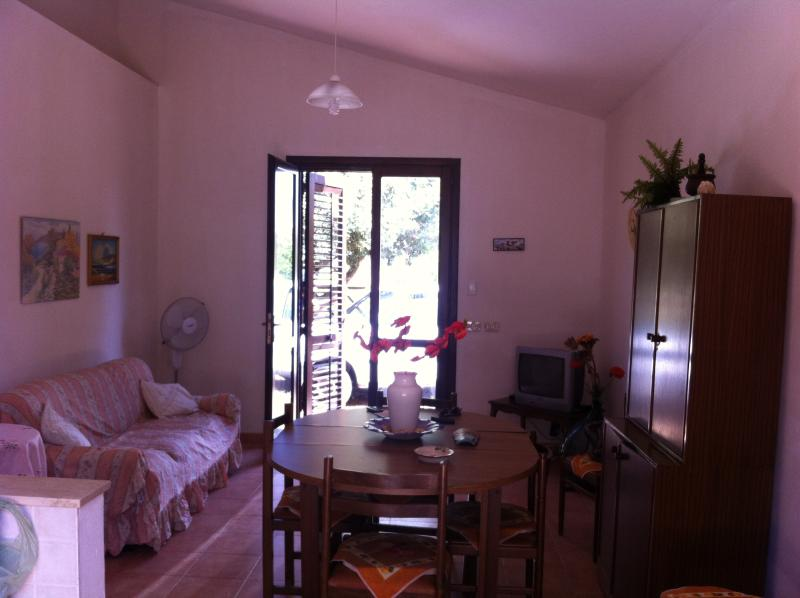 AFFITTASI VILLETTA A 300 MT DAL MARE A MARSALA, alquiler de vacaciones en Lido Signorino